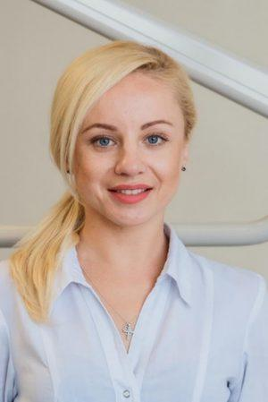 Верёвкина Екатерина ассистент врача-стоматолога Анна Перенна
